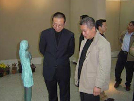 山东工艺美术学院赴韩访问团考察青岛大学美术学院