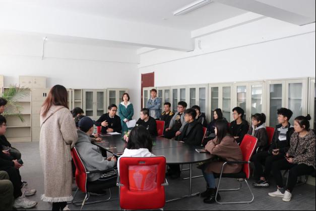设计应用学院举办山东餐厅有限苍耳广告传媒室内设计图片